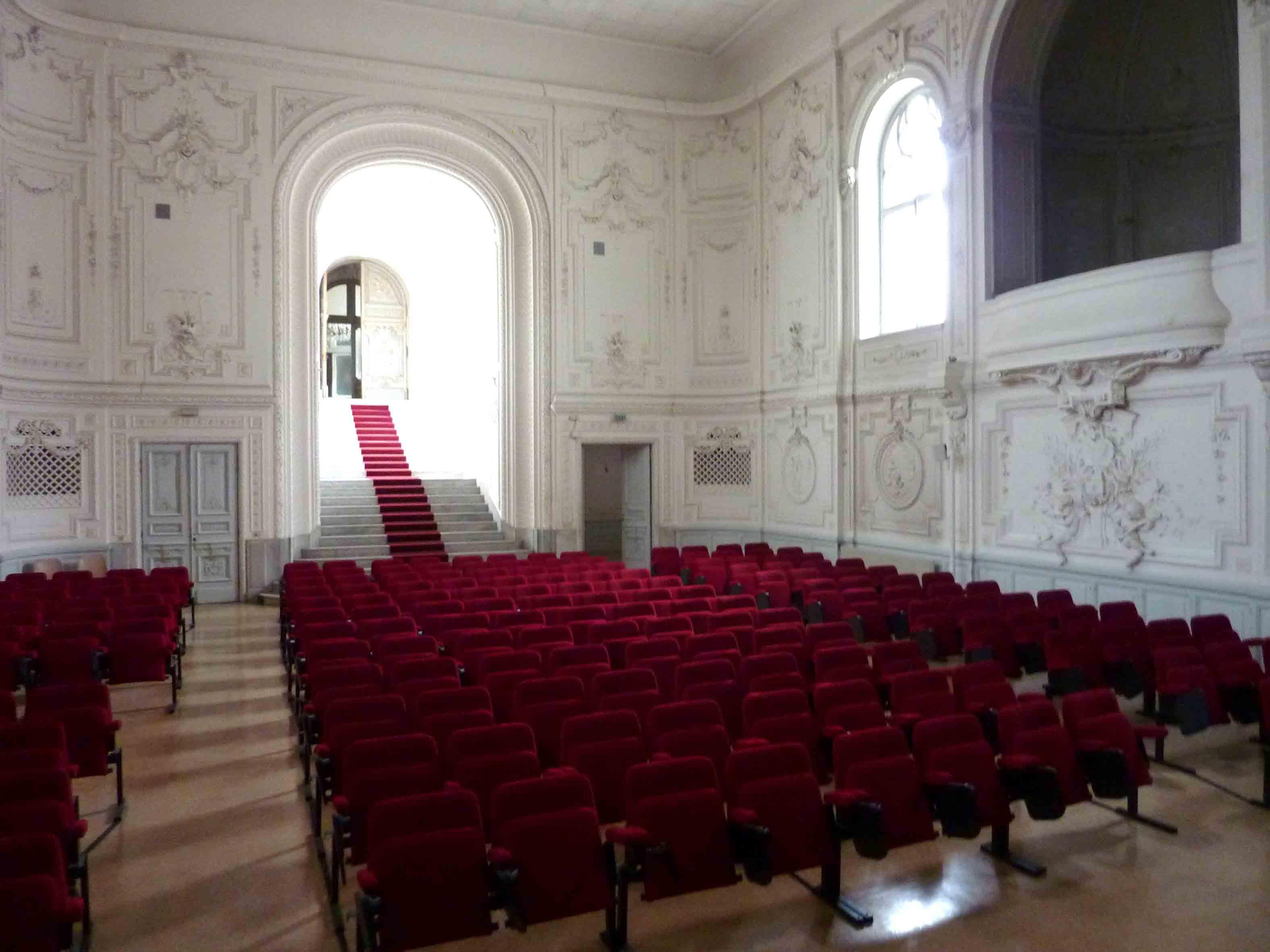 nice_theatre_chateau_valrose.jpg